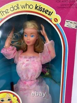 1978 Kissing Barbie Mattel No. 2597 NRFB Excellent Condition (A1)
