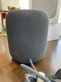 Apple HomePod Smart Speaker Space Gray Excellent Condition! Original Box