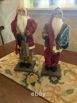 Arnetts Country Store Santas 17 Tall X2. Excellent Condition