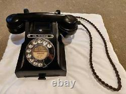 Bakelite Telephone, original 300 series. Excellent condition
