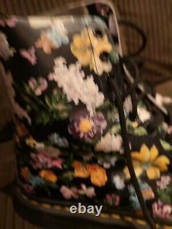 Dr Martens 8 Hole 1 Original Doc Martens Flowers Rarely Worn EXCELLENT CONDITION