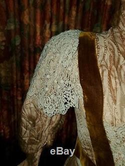 GORGEOUS Antique 1880s Silk & Velvet Bustle Gown Excellent Condition Must see