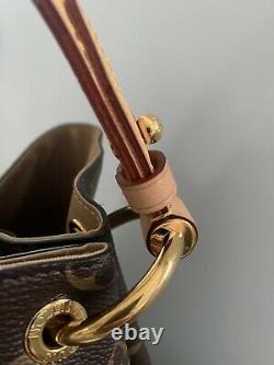 Louis Vuitton Gracefull MM, used, excellent Condition, Dast Bag, Original Recipt