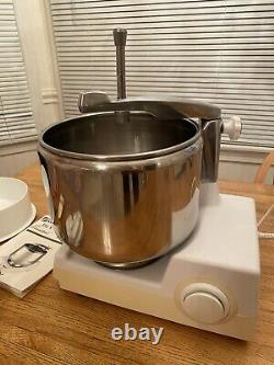 Magic Mill DLX 9000 Mixer Kitchen Machine Excellent Condition All Original Parts