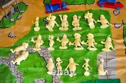 Marx Original Flintstones Play Set # 5948 Near Complete In Excellent Condition