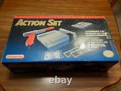 Original Nintendo NES system console Action Set EXCELLENT CONDITION