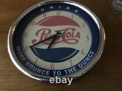 Rare Vintage Pepsi Cola Wall Clock. In Excellent Working Condition