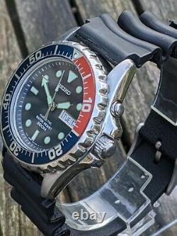Seiko 5M63-0A10 Kinetic Diver SMY003P Pepsi Excellent Original Condition