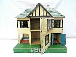 VINTAGE TRI-ANG No 61 DOLLS HOUSE + ELECTRICS EXCELLENT ORIGINAL CONDITION c1933
