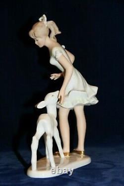 Wallendorf Porcelain Woman Lady With Deer Excellent Condition