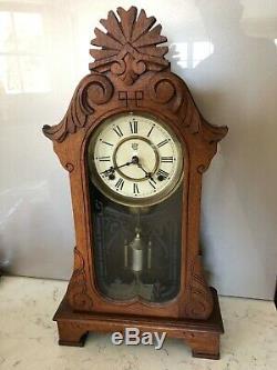 Antique Waterbury Oak Mantel Chiming Horloge, Excellent État, Vers L'année 1900