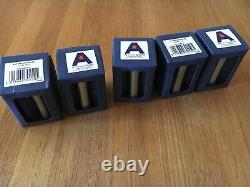 Antony Gormley Patère X 5. Emballage D'origine, Non Utilisé. Condition Excellente