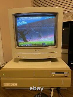 Commodore Amiga 2000 Ordinateur Tout Original Excellent Condition