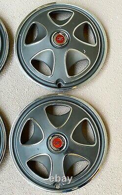 Datsun 240z 260z 14 Hubcaps Original Métal Set 72-75 Excellent État