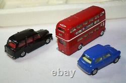 Ensemble Cadeau Corgi 11 Ensemble De Transport De Londres, Excellent État Dans La Boîte Originale