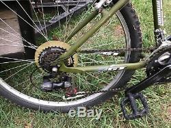 Gt Aggressor Men Mountain Bike. M. Excellent État. Original