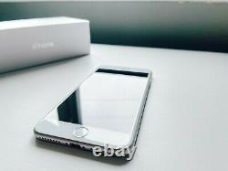 Iphone 8 Plus 64 Go Argent Déverrouillé Boîte Originale Grande Condition