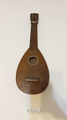 Rare Favilla 30's Teardrop Acajou Ukulele Excellent État Original
