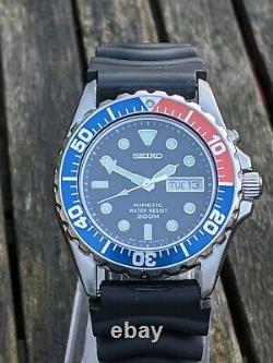 Seiko 5m63-0a10 Plongeur Cinétique Smy003p Pepsi Excellente Condition Originale