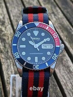 Seiko 7s26-0050 Cadran Bleu Foncé Lunette Pepsi Skx025 Excellente Condition Originale