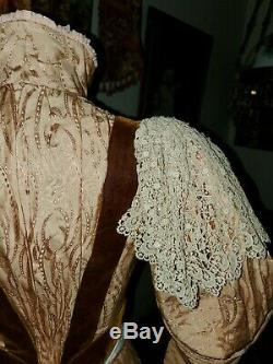 Splendide 1880. Antique Silk & Velvet Agitation Robe Excellent Condition A Voir