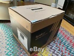 Synology Dx513 5-bay Nas Unité D'extension, Excellent État, Dans La Boîte D'origine