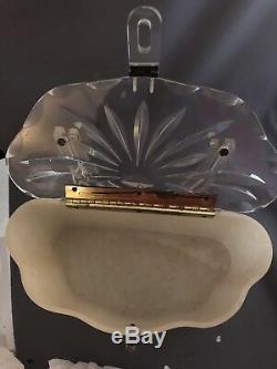 Vintage Lucite Crème Sac À Main Withclear Sculpté Lucite Top Excellent État