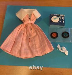 Vintage Original Barbie Dancing Doll #1626 Htf Complet En Excellent État